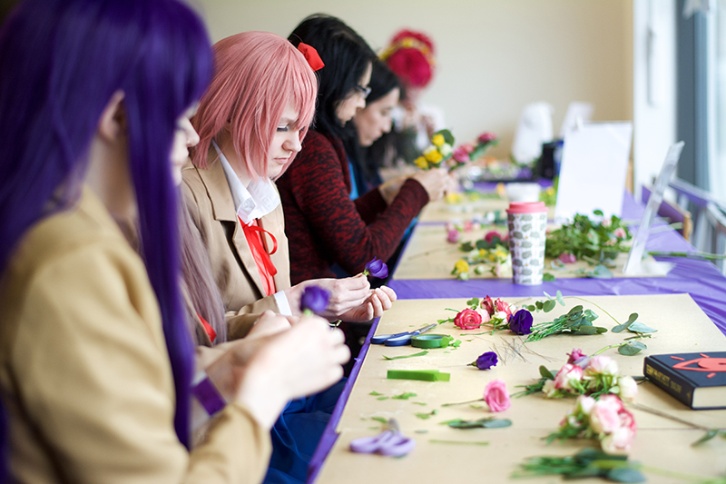 CosXPo Cosplay Lab Flower Crowns